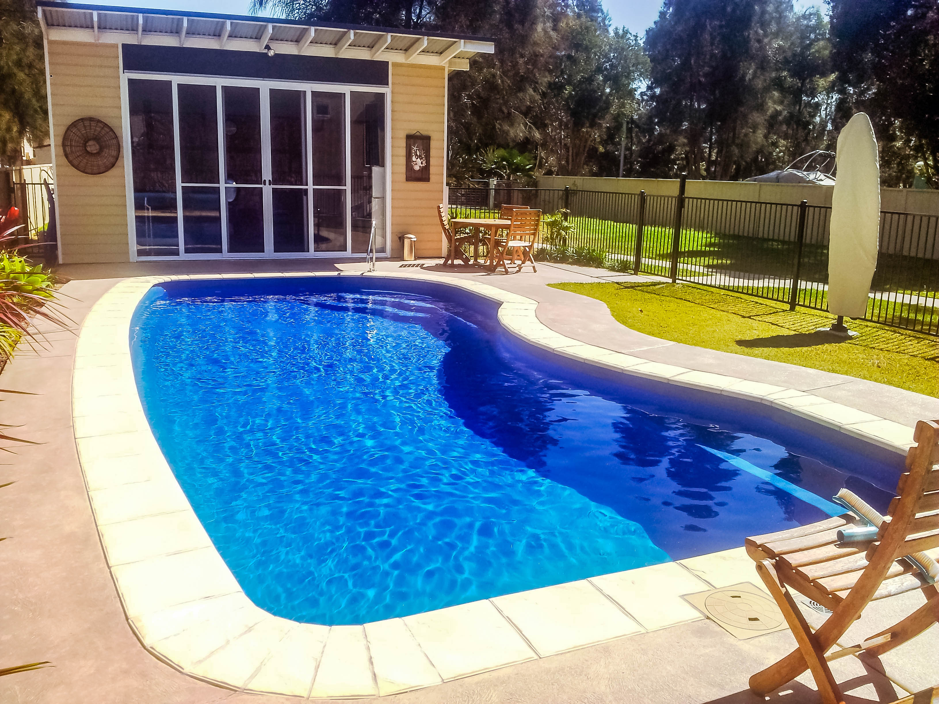 Build your Oz Design Swimming Pool with Harvest Pools